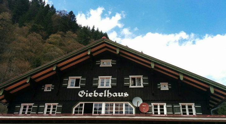 lieberdraussen_giebelhaus