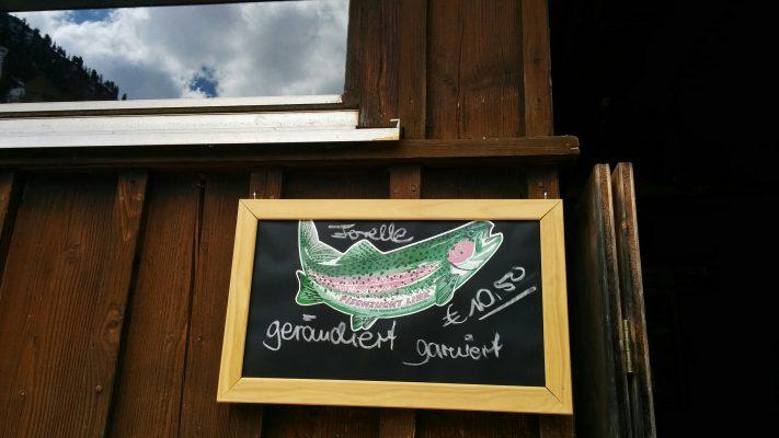 lieberdraussen_giebelhaus_forelle