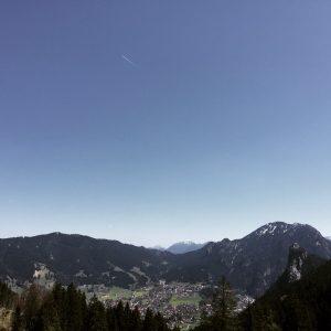 Großartige Aussicht vom Höhenweg am Kolbensattel Richtung Kofel.